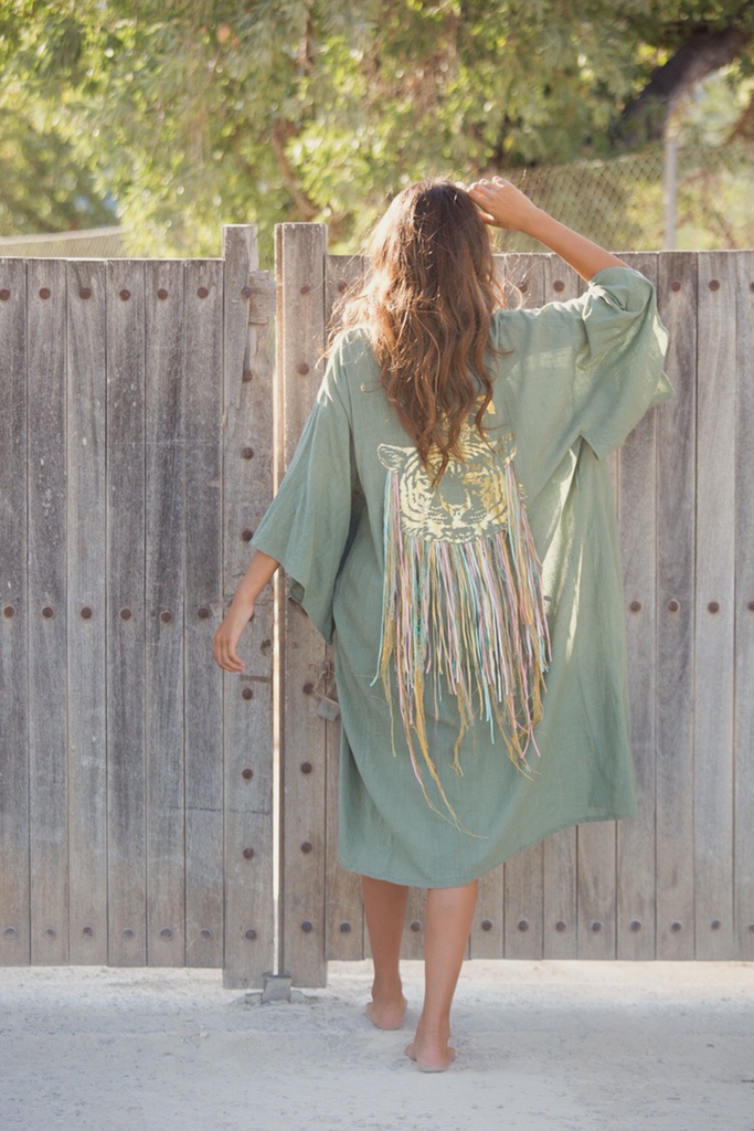 Queen of The Jungle Duster - Z&L Europe