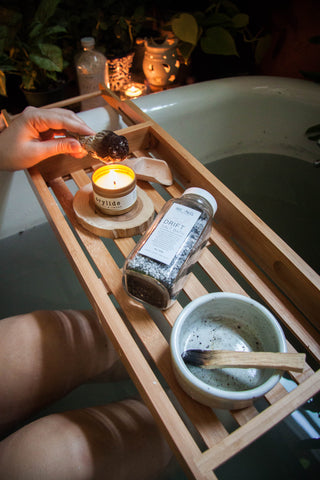 Drift Salt Bath on bath tray
