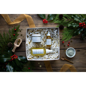 Lavender Spa Facial Holiday Gift Set - LIVE BY BEING