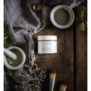 Pura Terra Complexion Clay - LIVE BY BEING