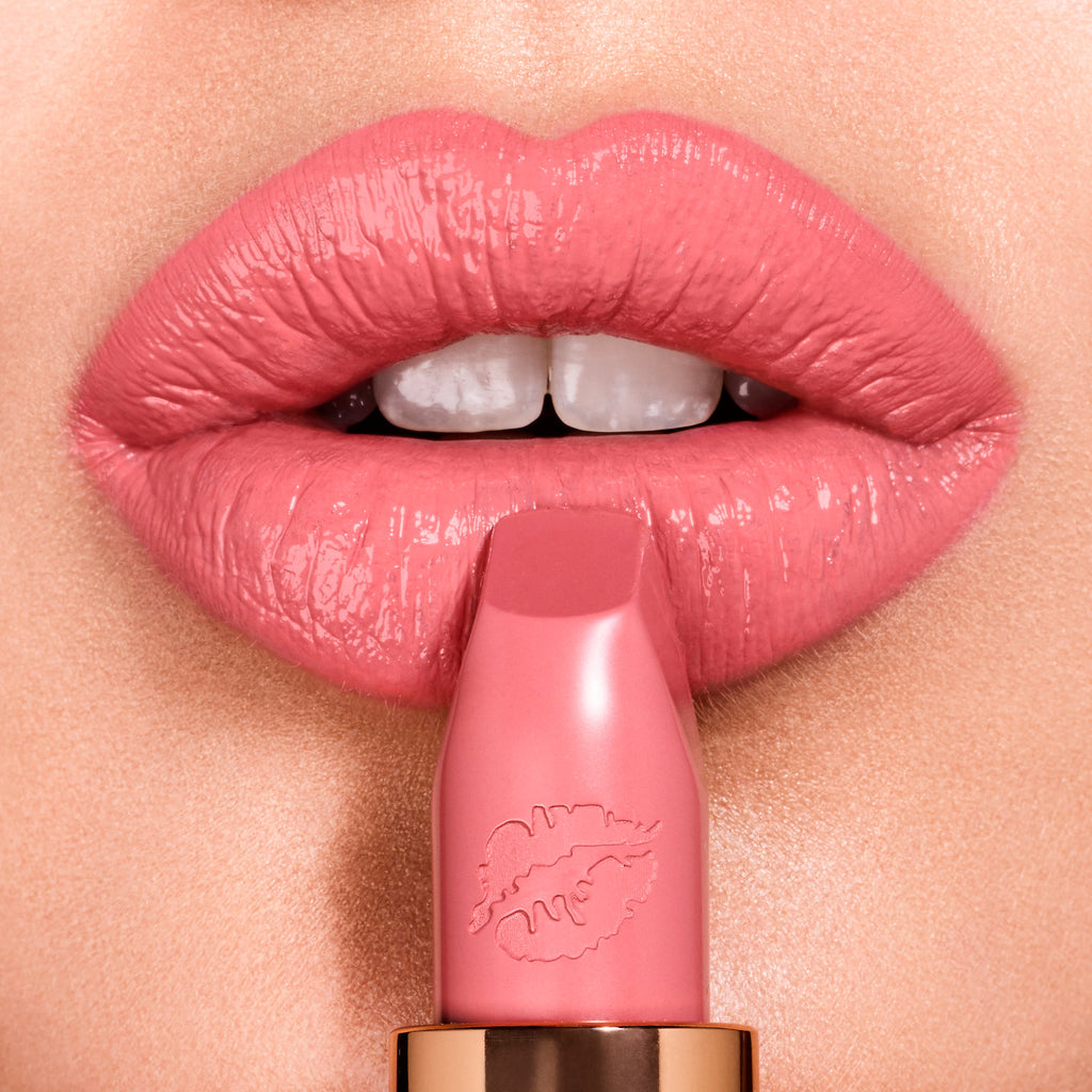 Помада Charlotte Tilbury Hot Lips Lipstick - Shopping TEMA