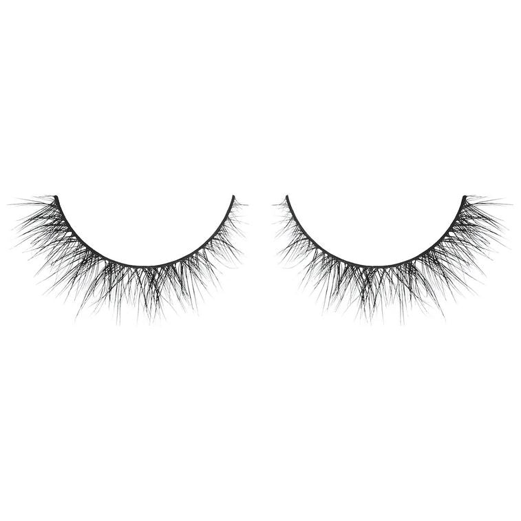 Lash Next Door - natural volume with criss-cross pattern and subtle flare