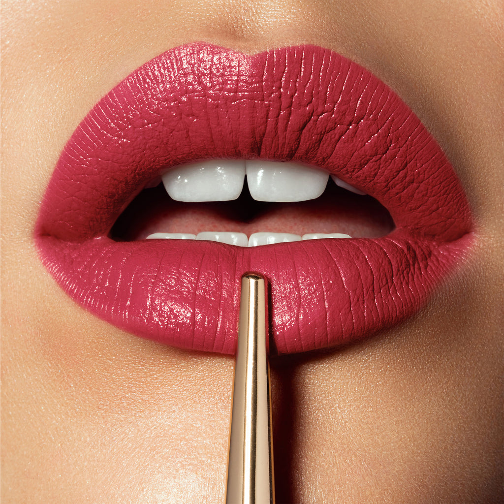 Помада Hourglass Confession Ultra Slim Lipstick - Shopping TEMA