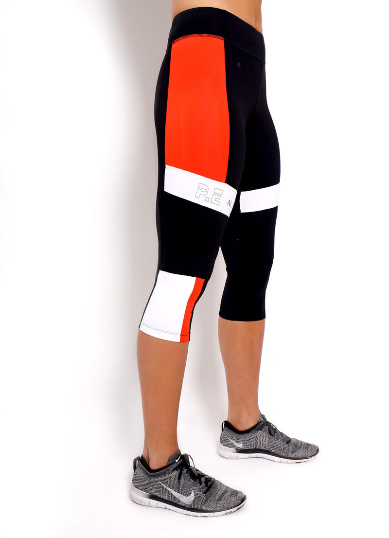 PE Nation Out of Bounds Legging is a high rise, 3/4 cropped legging that is great for all types of workouts.  Perfect to add to your cute workout clothes.  One of the Kardashian's favorite workout brand.  Perfect capri legging for running or spin.