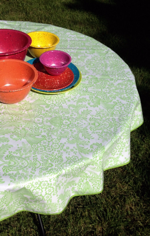 "Oilcloth Tablecloth Round 60"" ~ LIME GREEN TOILE w/ LIME GREEN TRIM (WITH HOLE)"