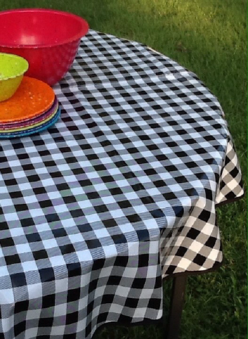 "60"" Round Oil Cloth Tablecloth ~ BLACK CAFE CHECK & BLACK TRIM  *DAMAGED~DISCOUNTED*"
