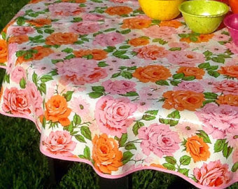 "47.5"" Round Oilcloth Tablecloth PINK SHABBY CHIC ROSE, PINK TRIM"