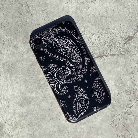 iPhone XR Case - Paisley