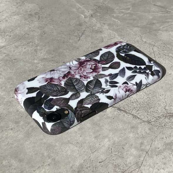 iPhone XR Case - Shadow Blossom