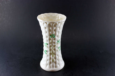 Belleek Shamrock Vase Colleen Pattern