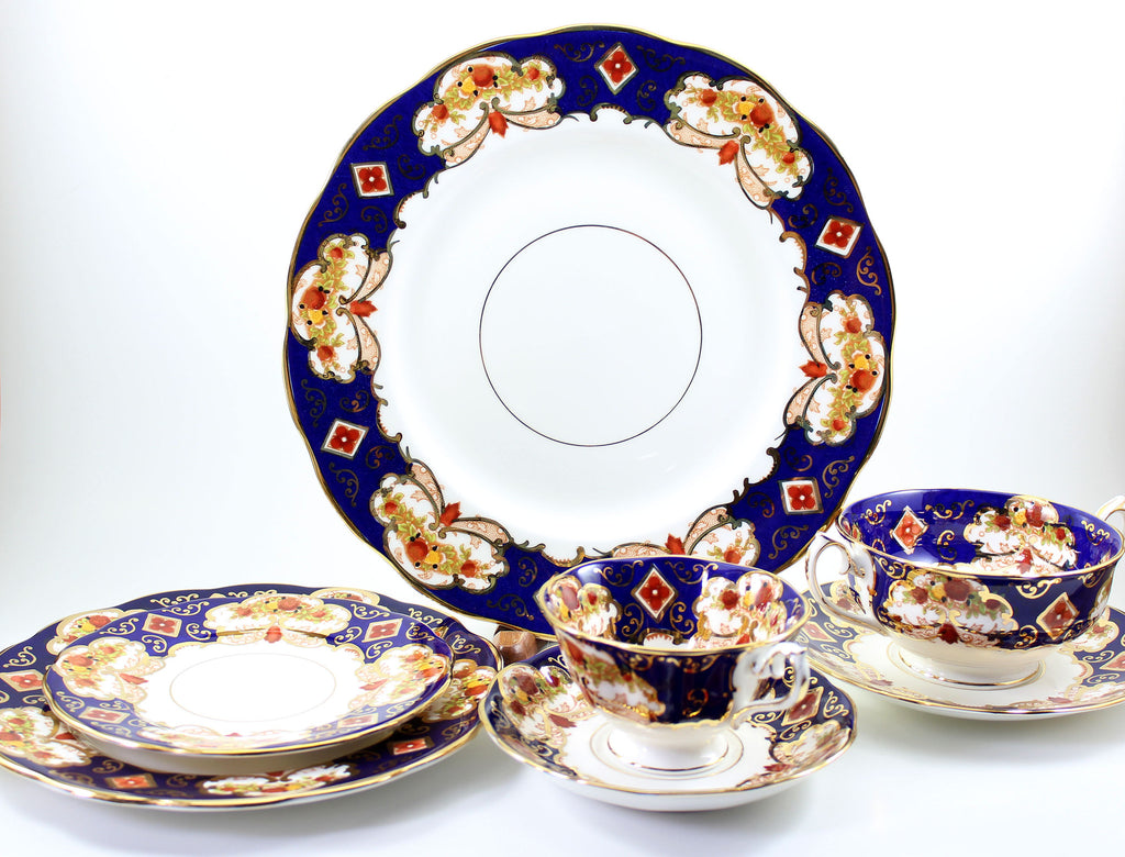 royal albert bone china heirloom pattern place setting