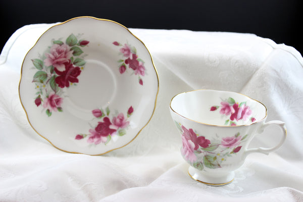 Royal Albert Pink Summer Roses, Teacup & Saucer