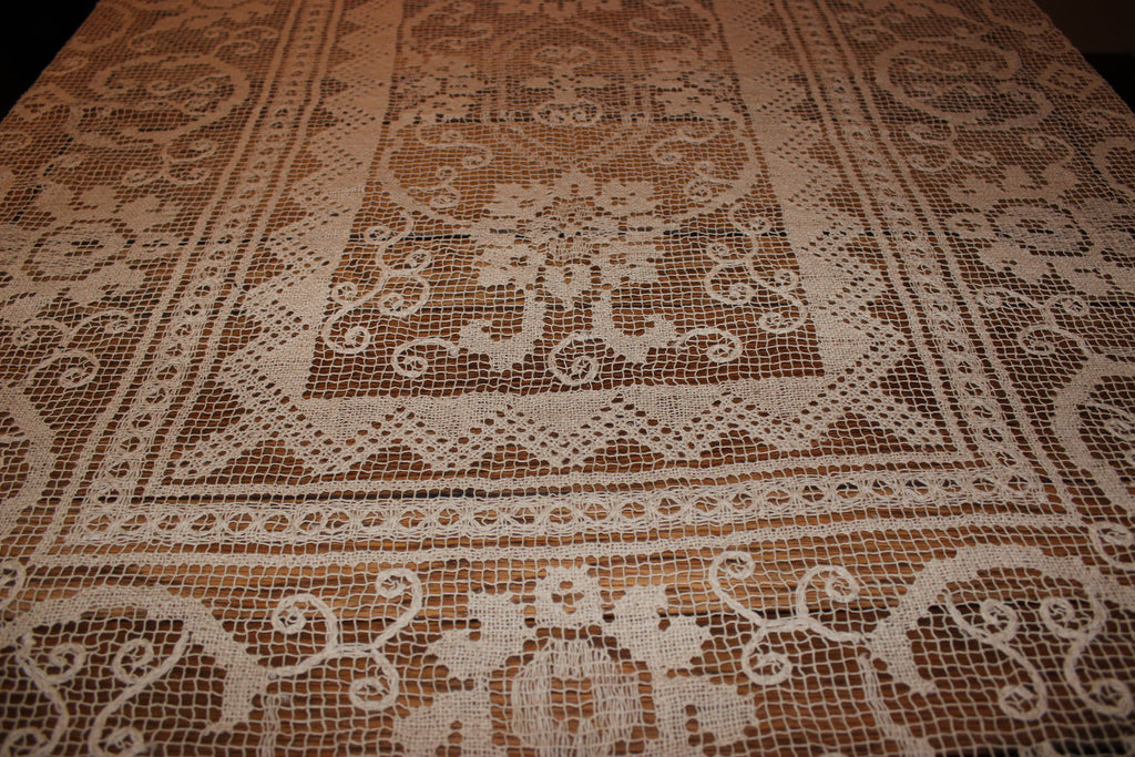 Antique Lace Tablecloth Handmade ...
