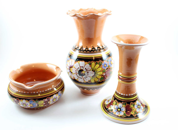 Keralit Czech Peasant Art Pottery