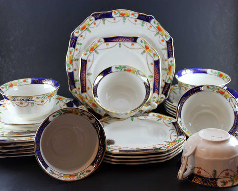 Alfred Meakin Fine Bone China Tea Service Solway