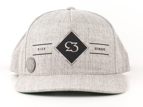 Risk.Reward® Golf Hat with Ball Marker - Diamond - RISK REWARD GOLF