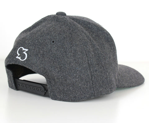 Risk.Reward® Golf Hat with Ball Marker - Dark Grey Wool