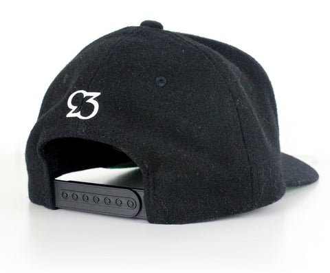 Risk.Reward® Golf Hat w/ Ball Marker - Blk Wooly Statement