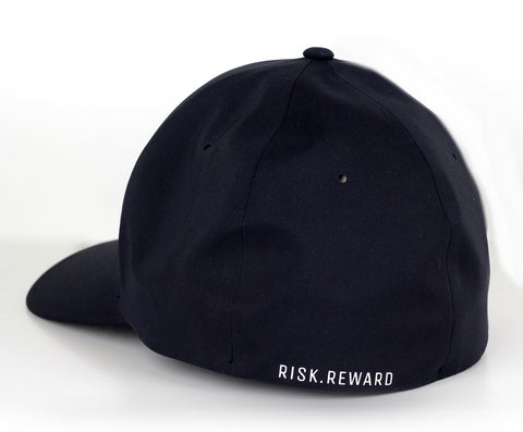 Risk.Reward® Golf Hat with Ball Marker - Stroke