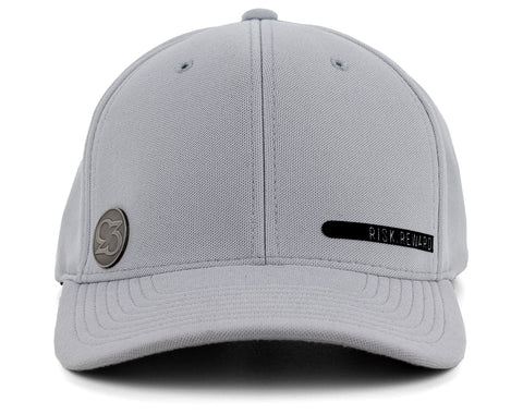 Risk.Reward® Golf Hat with Ball Marker - Smooth18