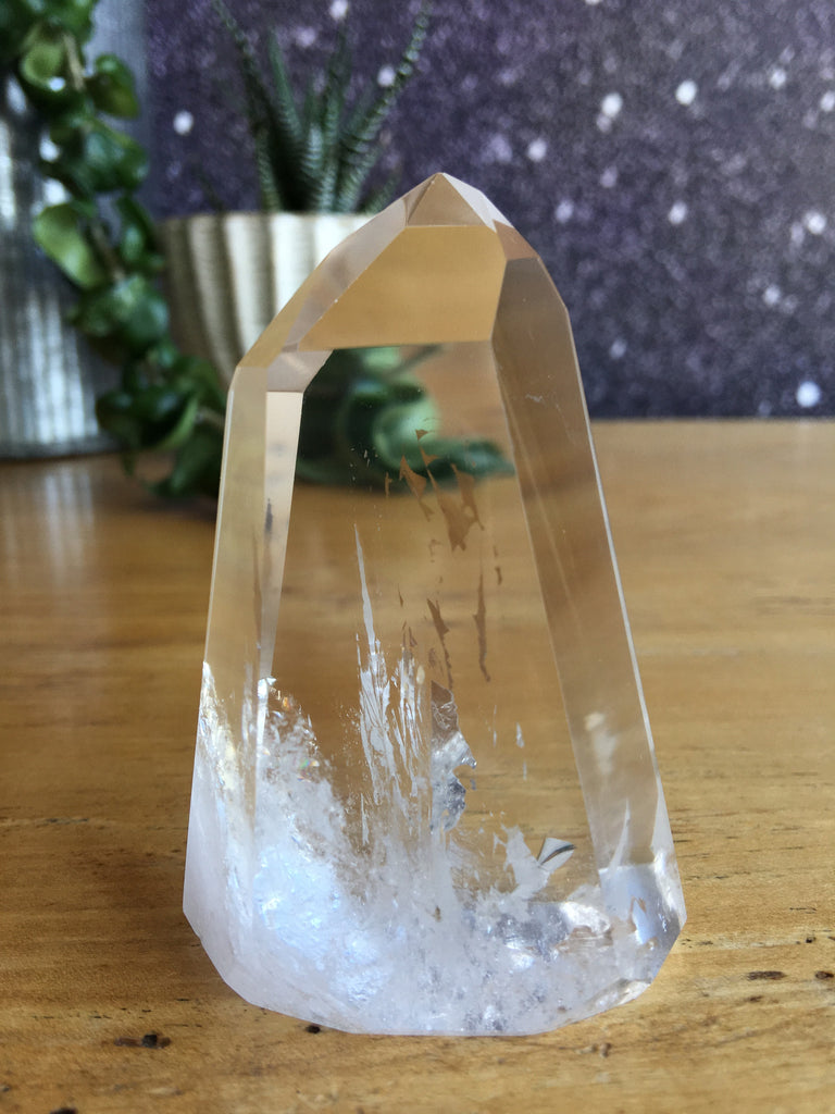 Medium Crystal Point