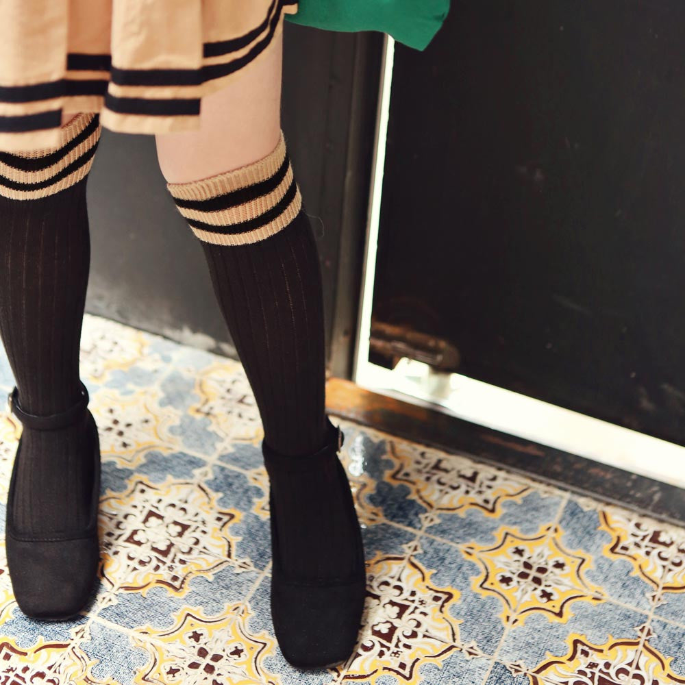 Torrance Knee-High Socks, fall socks for little girls in black