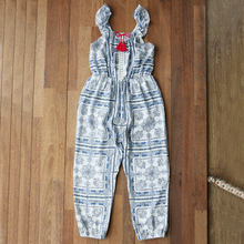 Load image into Gallery viewer, Winnie Jumpsuit [5-6 YRS]