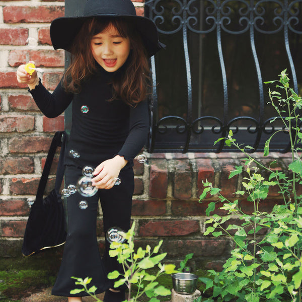 Autumn long sleeve in black, girl's top