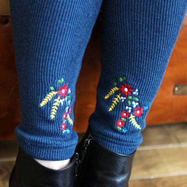 Bara Knitted Leggings with flower embroidery for little girls