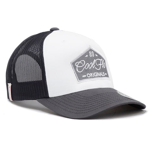 3D Script Treading Waves Cap