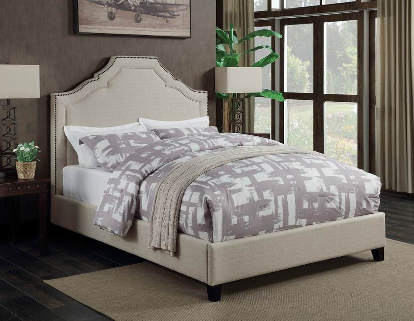 Traditional Oatmeal Upholstered California King Bed
