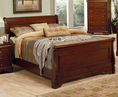Versailles Traditional Eastern King Sleigh Bed
