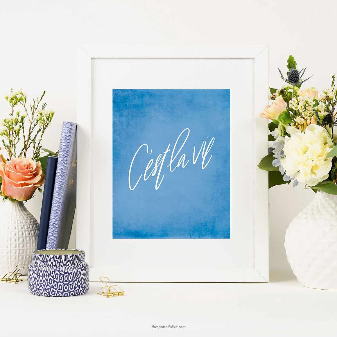 Hand Lettered C'est La Vie Printable Art by The Spotted Olive - Scene