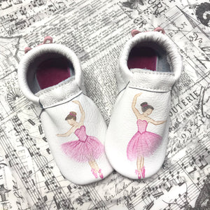 Ballerina moccasins with soft or rubber soles