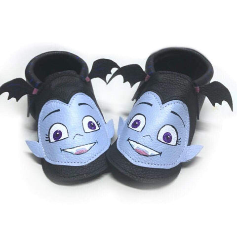 Vampire Black moccasins with rubber sole