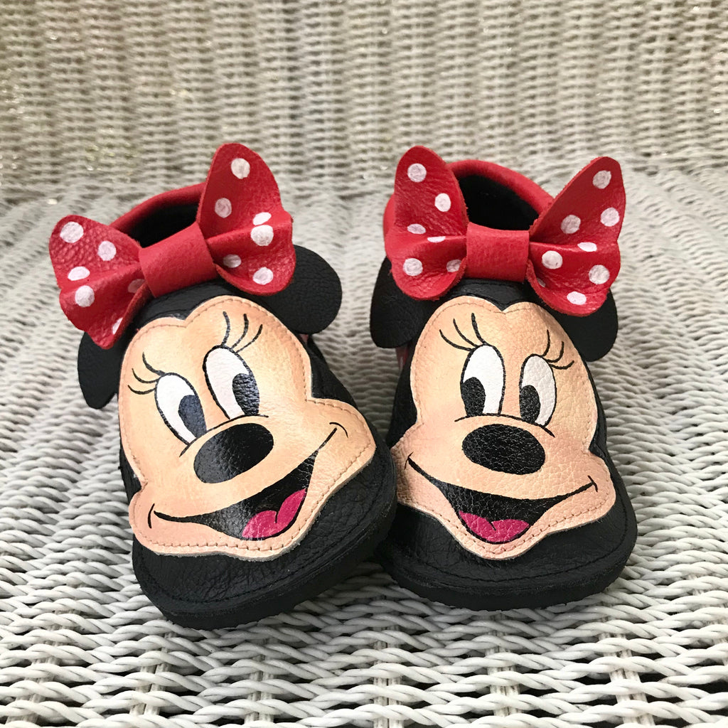 Mouse bow Moccs with rubber soles