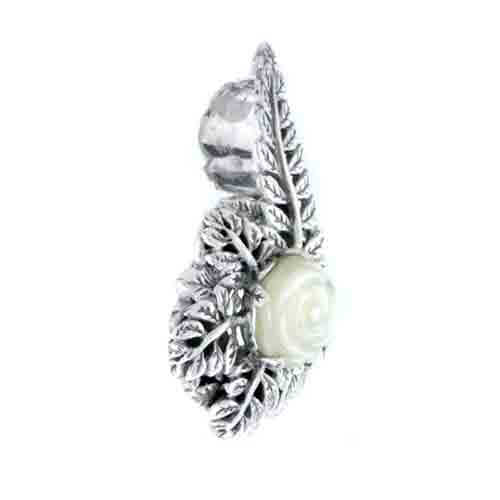CARVED MOTHER OF PEARL FLOWER PENDANT