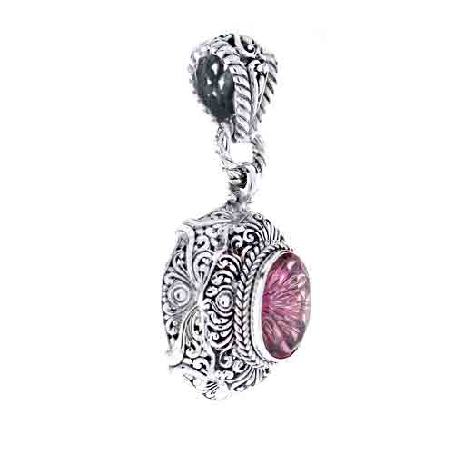 BRILLIANT EVE™ MYSTIC QUARTZ PENDANT