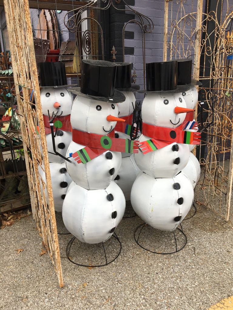 METAL SNOWMEN HANDCRAFTED IN MEXICO