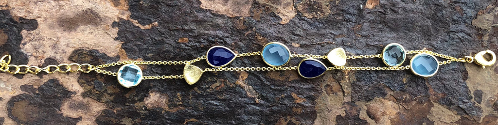 18 KARAT GOLD VERMEIL CHAIN LINK HANDMADE BRACELET, SET WITH BLUE TOPAZ, CHALCEDONY, AND LAPIS
