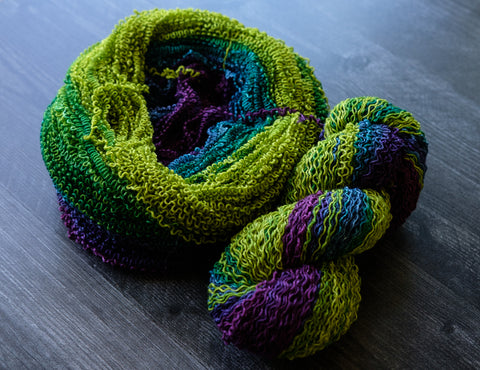 unraveled yarn, very crinkly