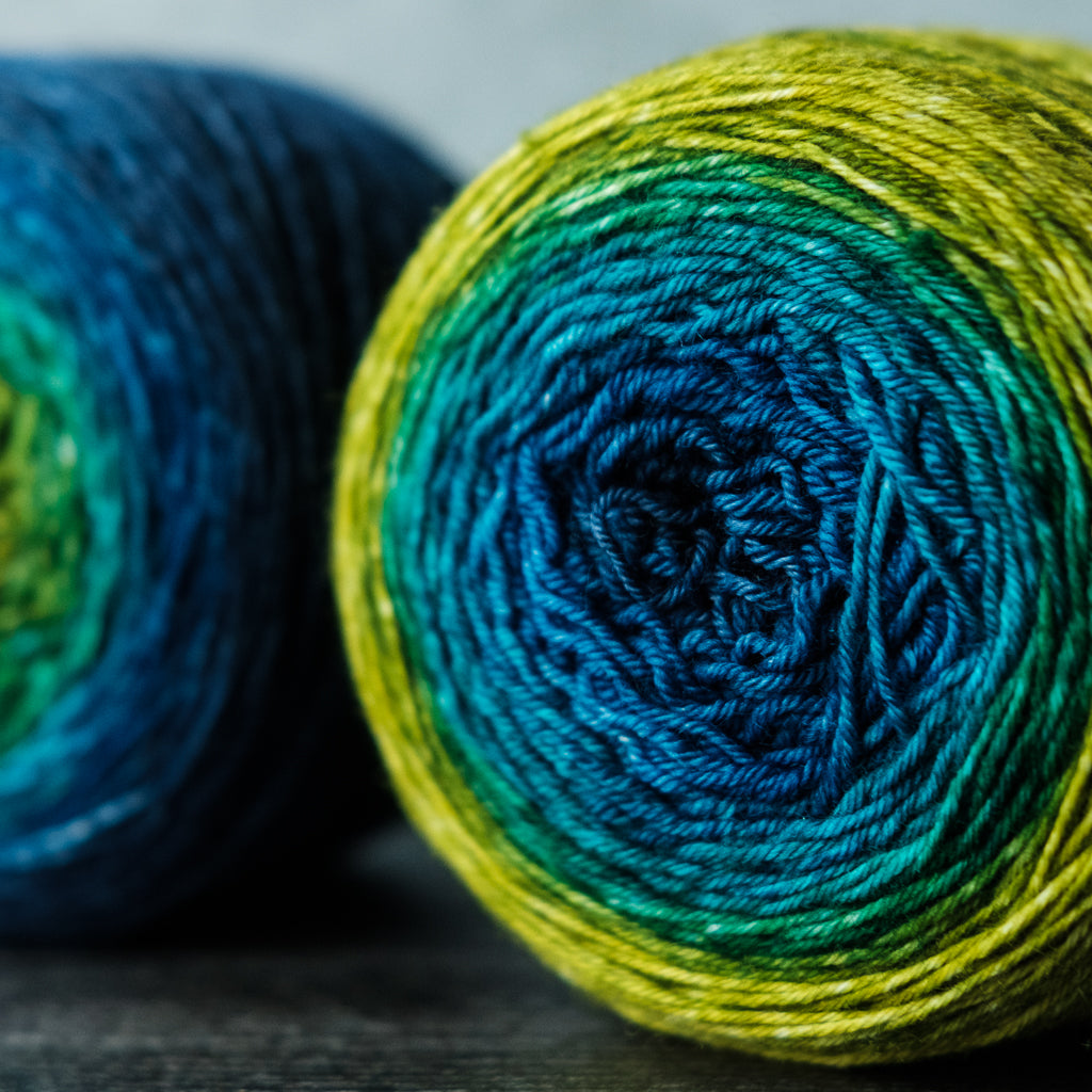 Gradient sock-weight yarn: Peacock