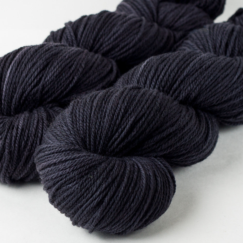 American Dream Worsted: Charcoal