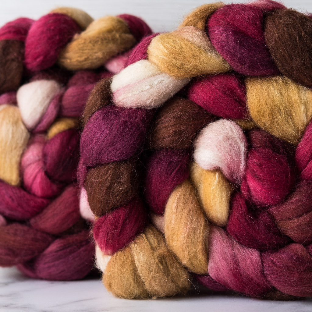 Targhee/silk spinning fiber: Christi (lighter)