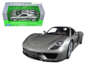 Porsche 918 Spyder Closed Roof Welly 1:24 Diecast Model Silver - 24055SIL