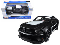 2011 Ford Mustang Boss 302 Matte Black 1:24 Diecast Model