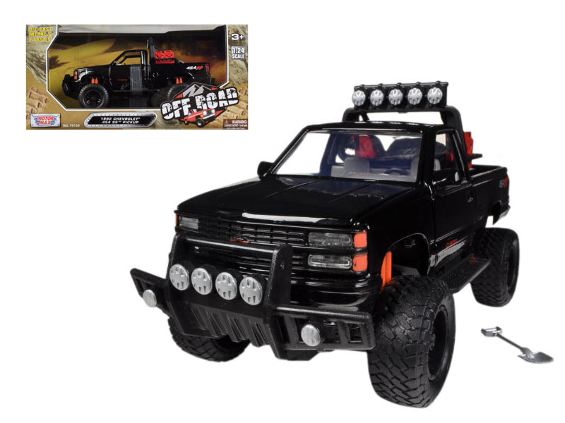 1992 Chevrolet 454 SS Pickup Truck Black 1:24 Diecast Model