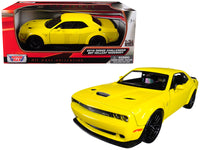 2018 Dodge Challenger SRT Hellcat Widebody Yellow 1:24 Diecast Model