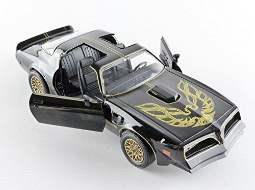 1977 Pontiac Trans Am Smokey and the Bandit 1:24 Diecast Model - 84013