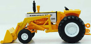 Minneapolis-Moline G940 Tractor w/ Loader - SpecCast 1:64 - SCT700
